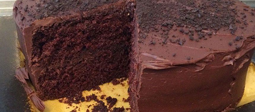 Oreo Caramel Cake